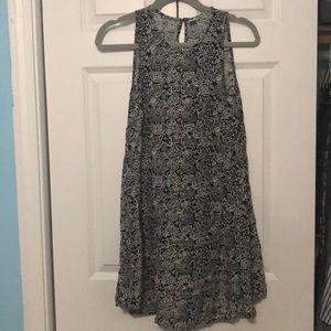 Black and White flowy dress